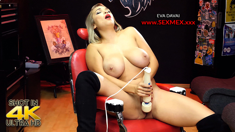 sexmex Squirting in the Barbershop
